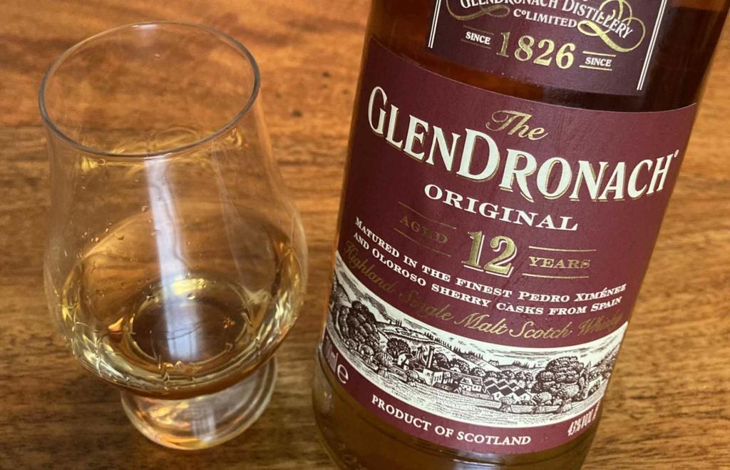 Ein Dram Glendronach Original 12 Jahre.