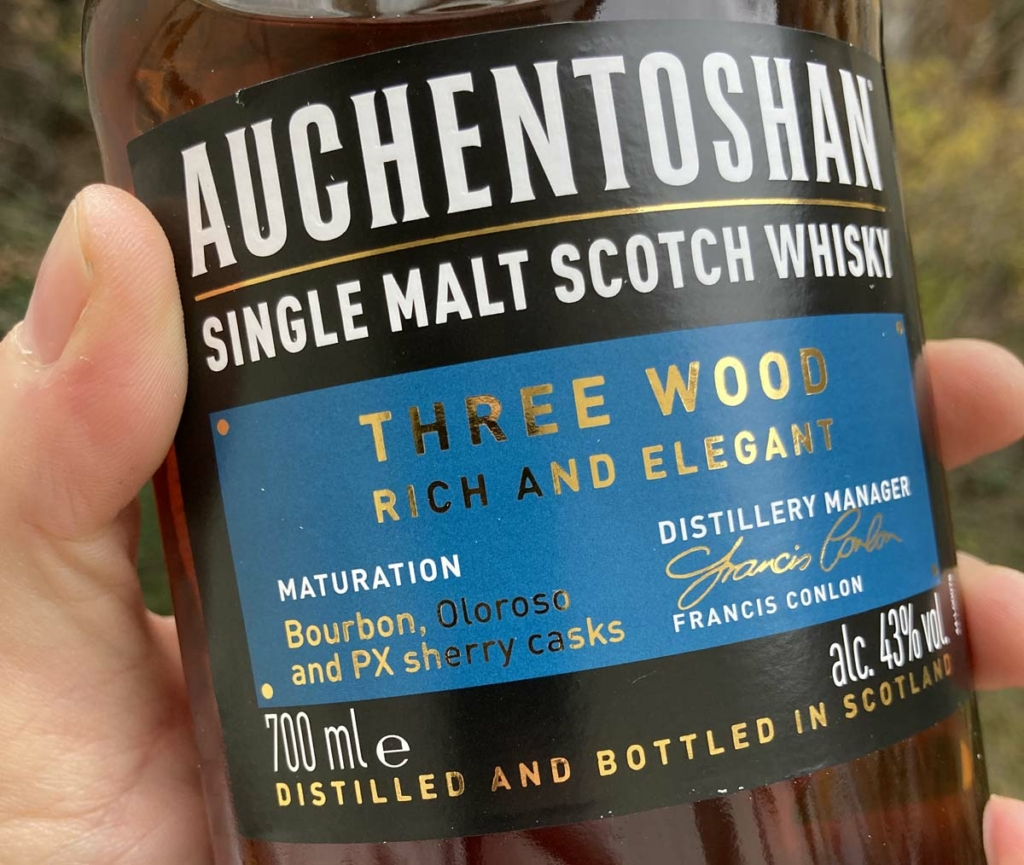 Unser Whisky des Monats Dezember 2020 - Auchentoshan Three Wood.