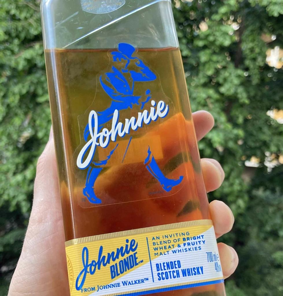 Unser Whisky des Monats Juli 2021: der Johnnie Blonde.