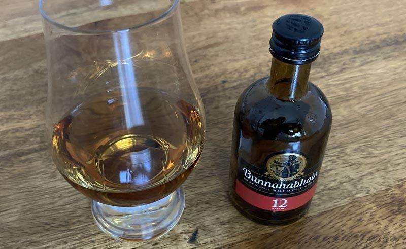 Der Bunnahabhain im Glencairn Glass.