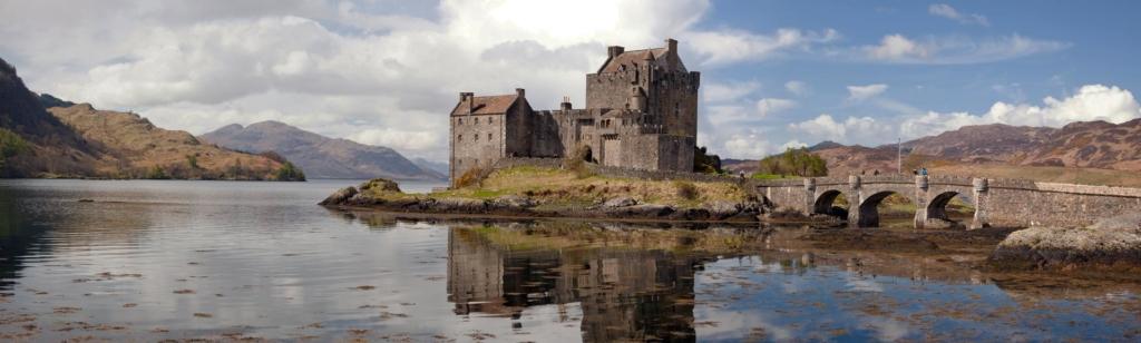 Eilean Donan Castle in den schottischen Highlands.