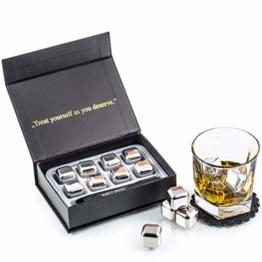 Exklusives Edelstahl Whisky Steine Geschenkset – Hohe Kühltechnologie - 8 Whisky Eiswürfel Wiederverwendbar - Edelstahl Eiswürfel - Besondere Geschenke für Männer - Edelstahl Kühlstein von Amerigo - 1